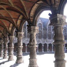 Cour du Palais des Princes Evêques